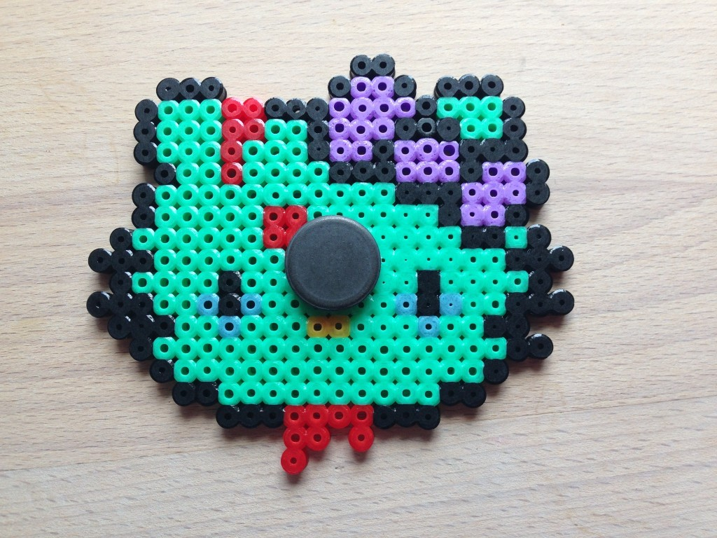 hello kitty zombie magnet